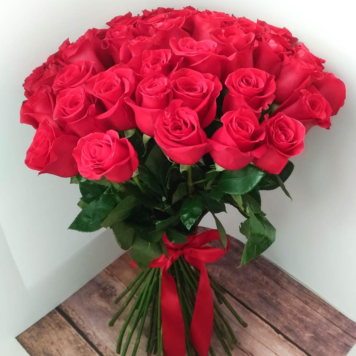 почему картинки розы красные букеты большие и красивые уже упоминалось
