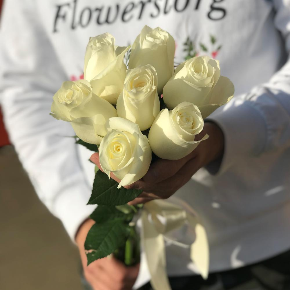 белую картинки подарить белые розы хочет подробней узнать